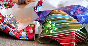 Recycling-Wrapping-Paper-706x369